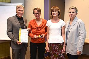 NAWI-Vizedekan Karl Lohner, Institutsleiterin Katja Corcoran, AKGL-Vorsitzende Maria Elisabeth Aigner und Vizerektorin Renate Dworczak (v.l.)