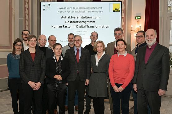 Zum Auftakt des Doktoratsprogramms Human Factor in Digital Transformation trafen sich alle Beteiligten des Netzwerks. Foto: Uni Graz/Tzivanopoulos