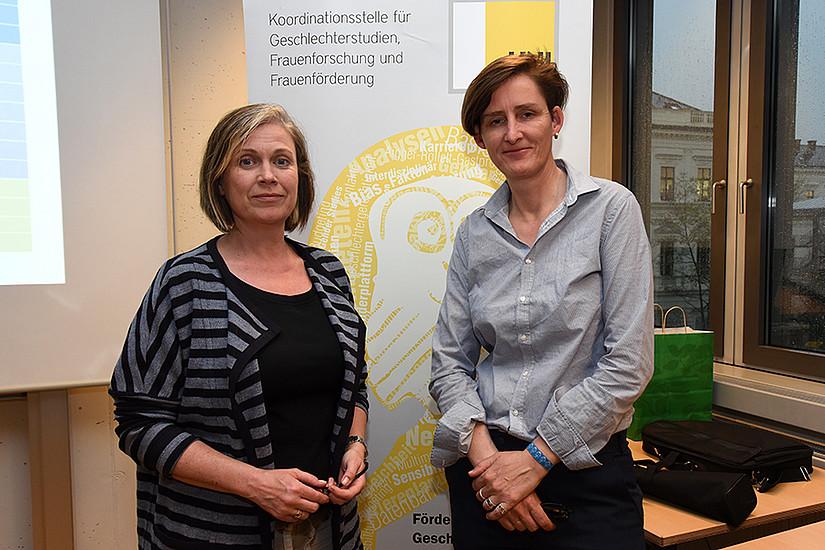 Barbara Hey (links), Leiterin der Koordinationsstelle für Geschlechterstudien und Gleichstellung, und Sybille Bauriedl, Aigner-Rollett-Professorin im Sommersemester 2017 an der Uni Graz.