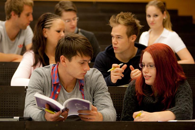 Das Basismodul hilft Studierenden bei der Orientierung.
