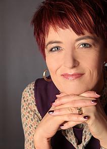 Univ.-Prof. Dr.rer.nat. Karin Landerl