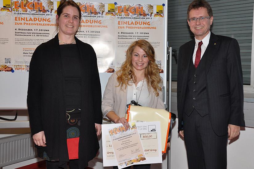 Lisa Nußbaumer gewann den ELCH für Studierende. Gastvortragende Sandra Schön von Salzburg Research (ganz links) und Vizerektor Polaschek gratulierten.