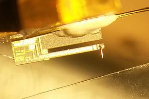Große Erkenntnisse dank der Einblicke in kleinste Strukturen. Die Rastertunnelmikroskopie und die Rasterkraftmikroskopie machen es möglich. Foto: Uni Graz/Jacobson