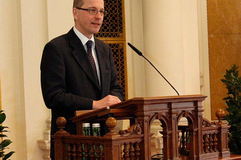 Mag. Friedrich Faulhammer, Generalsekretär des Wissenschaftsministeriums, dankte im Namen des Ministers.