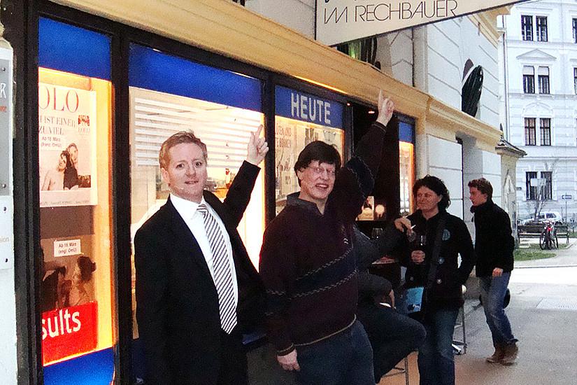 Molekularbiologe Kai-Uwe Fröhlich (links) und Fritz Treiber sorgten für großes Kino. Foto: Uni Graz/Schweiger