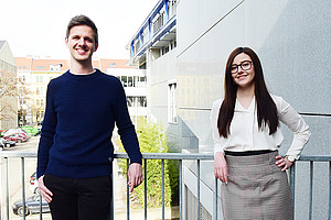 Denise Posch und Christian Kollau erforschen die arbeitsrechtlichen Auswirkungen von Whistleblowing. Foto: Uni Graz/Schweiger