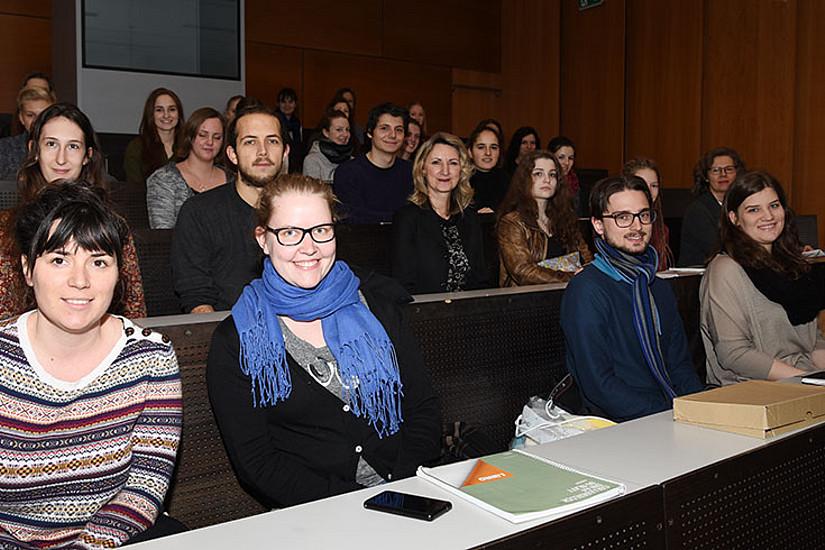 Tipps fr Erstis: Leute kennenlernen im ersten Semester