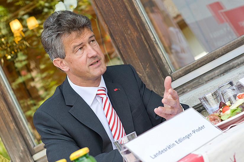 und Rektor Harald Kainz von der TU Graz