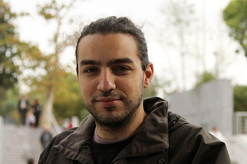 Angelos Evangelinidis ist Teil des dreiköpfigen DocTeams, das gemeinsam die visuelle Seite des Protests in Südosteuropa untersucht. Foto: KK.