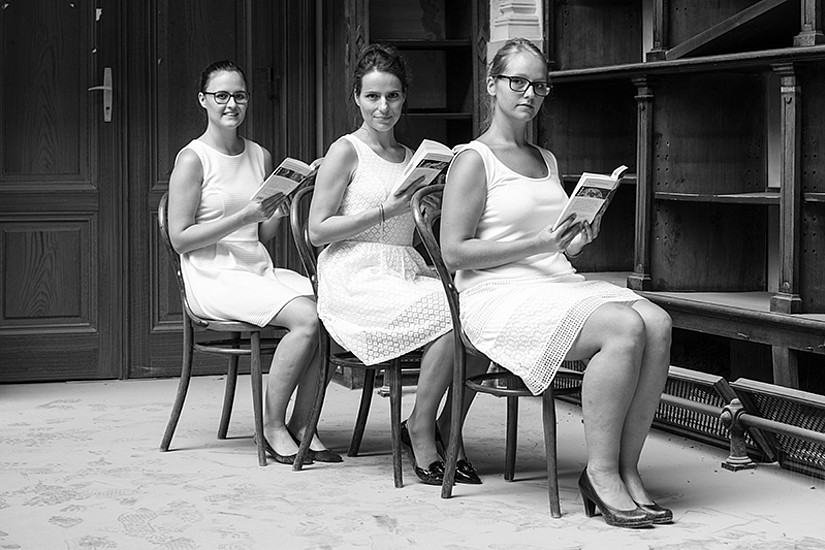 Cover-Girls: Carina Schöfl (Pressestelle), Marion Bernhard (Büro der Rektorin) und Anna Krenn (Vizerektorat für Studium und Lehre). Alle Fotos: Andrea Penz.