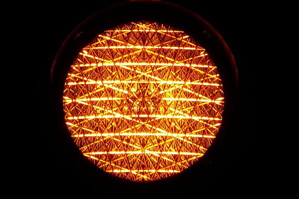 """Die Universität Graz zieht nach und stellt die Corona-Ampel ab 28. Oktober 2020 auf """"Orange"""". Foto: Pixabay.com"""