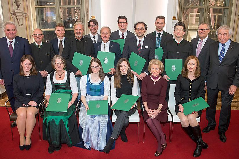 Alle PreisträgerInnen, die heuer von LH Hermann Schützenhöfer, Gerald Schöpfer und Michael Krainer ausgezeichnet wurden