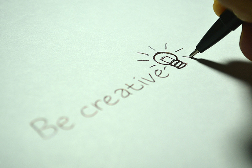 Kreativ sein und Schreibblockaden überwinden - das kann durch den Input von Gleichgesinnten leichter klappen. Die Uni Graz bietet deshalb nächste Woche ein neues Veranstaltungsformat an. Aber es heißt: Früh aufstehen! Foto: pexels.com