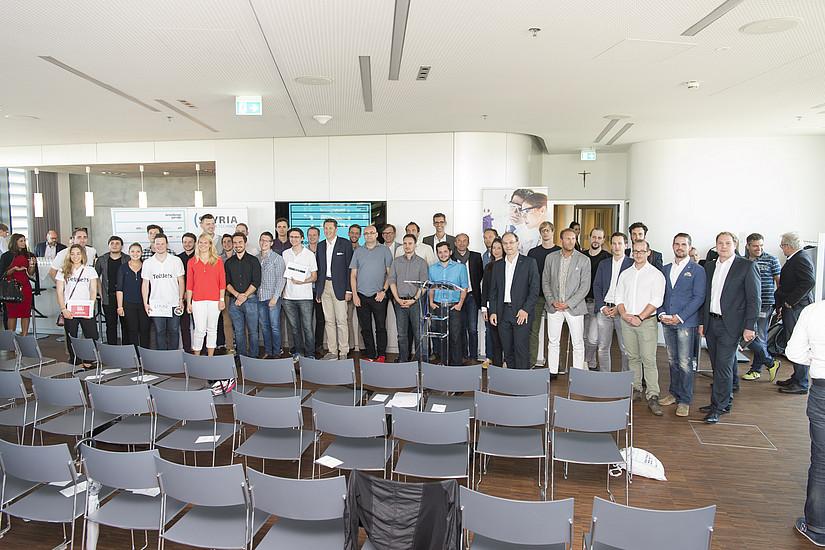 TeilnehmerInnen beim Finale der Gründungsgarage Vol. VI (Foto Fischer)