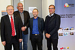 Rudolf Bauer, Leiter des Instituts für Pharmazeutische Wissenschaften, NAWI-Graz-Dekan Frank Uhlig, Kevin Francesconi, Leiter des Instituts für Chemie, und NAWI-Graz-Dekan Martin Mittelbach (v.l.). Foto: Uni Graz/Pichler