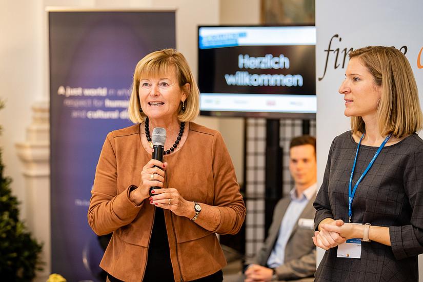 Rektorin Christa Neuper eröffnete die beliebte Karrieremesse. Foto: Klaus Ranger