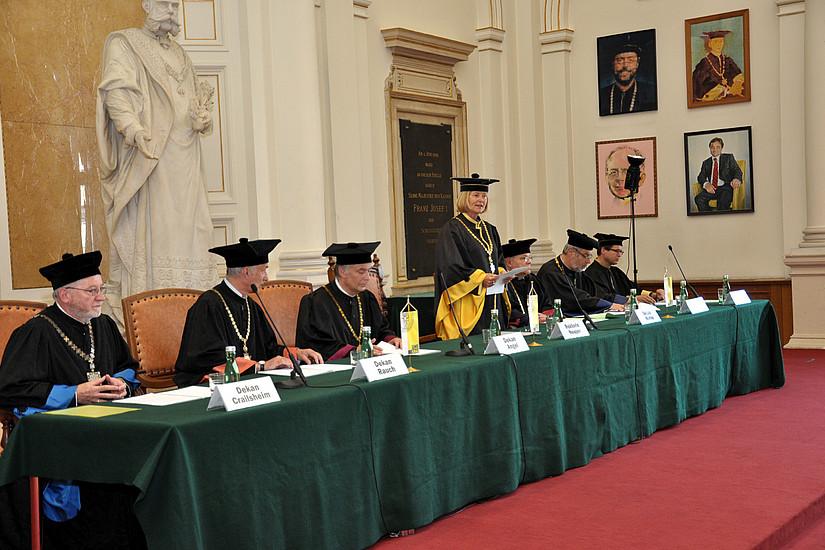 Rektorin Neuper, Vizerektor Polaschek als Promotor, die Dekane Angel, Crailsheim, Rauch, Konrad und Marko