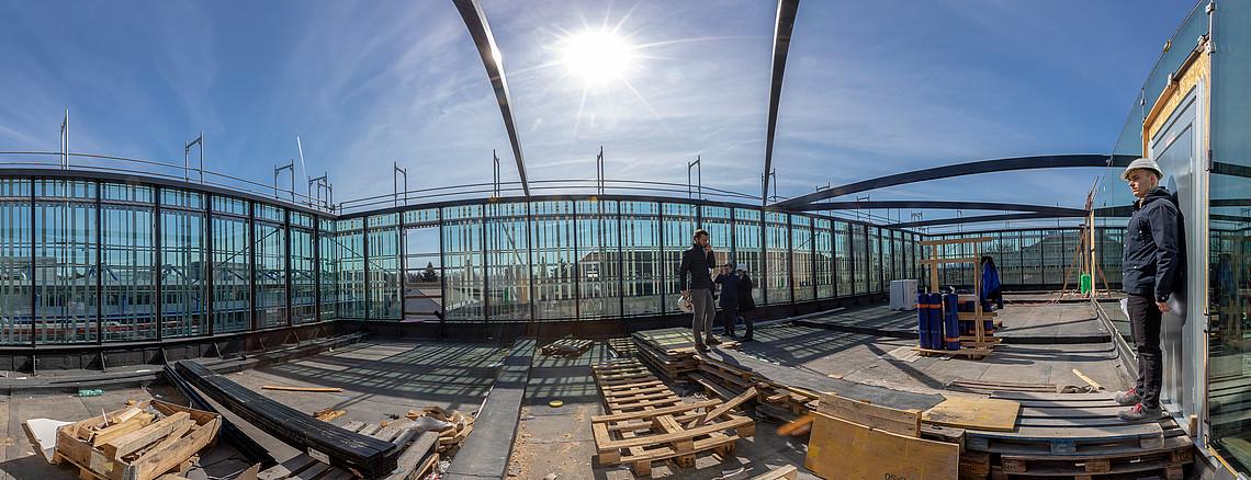 Neue Dachterrasse auf der Südseite des Gebäudes. Foto: Uni Graz/Lunghammer