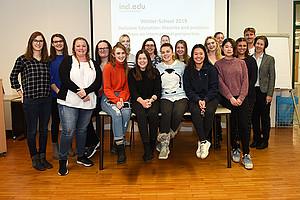 Die TeilnehmerInnen der Winter School Barbara Gasteiger-Klicpera, Edvina Besic und Georg Göschl von der Universität Graz. Foto: Uni Graz/Leljak.
