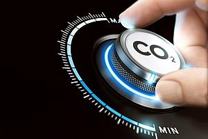 Eine CO2-Steuer ist ein wirksames Instrument zur Senkung der Treibhausgas-Emissionen. Foto: iStock.com/Olivier Le Moal