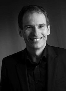 Univ.-Prof. Mag. Dr.rer.soc.oec. Markus Hadler