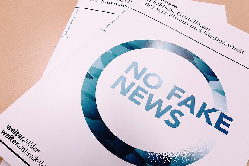 """Folder No Fake News """"Inhaltliche Grundlagen für Journalismus und Medienarbeit"""""""