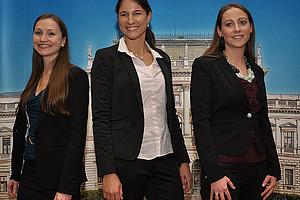 Die besten SOWI-Studierenden: Angelika Suppan, Julia Peer und Corina Maria Elsneg (v.l.)