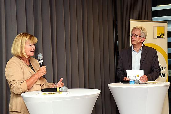 """Rektorin Christa Neuper berichtete über die Entwicklung des Profilbereichs """"Climate Change Graz"""". Foto: Uni Graz/Pichler"""