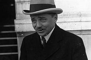 Engelbert Dollfuß (1933) war von 1932 bis 1934 österreichischer Bundeskanzler und Begründer des austrofaschistischen Ständestaats. Foto: Agence de presse Meurisse. Agence photographique, Bibliothèque nationale de France, Wikimedia Commons