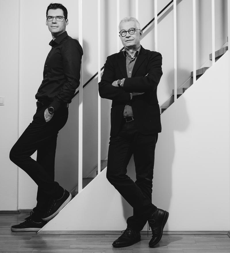 Talenten auf der Spur sind Aljoscha Neubauer (rechts) und Roland Grabner. Die Begabungsforscher beschäftigen sich damit, wie sich Persönlichkeiten entwickeln können. Foto: Uni Graz/Kanizaj