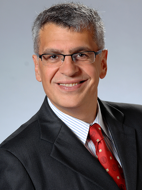 Pablo Argárate ist Experte für Religionen, Kulturen und Sprachen des Christlichen Ostens sowie für das Spannungsfeld von Christentum, Islam und Judentum.