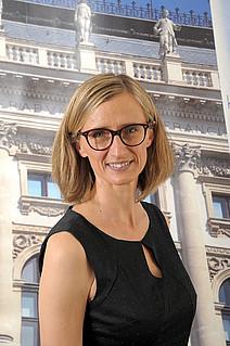 Assoz. Prof. Mag.iur. Dr.iur. Emma Lantschner